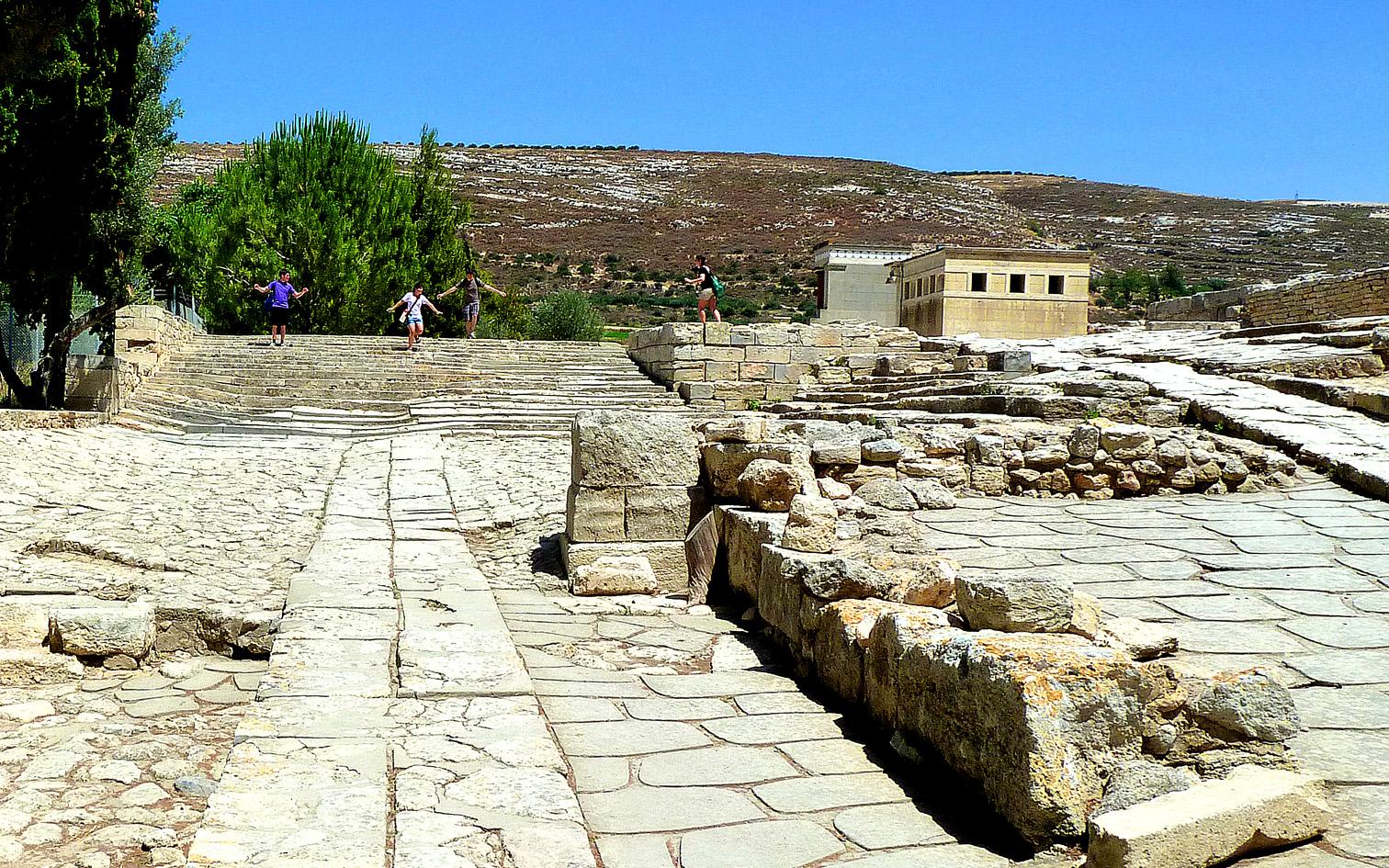Knossos: Theatral area